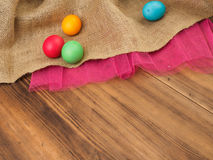 Pasqua ha colorato l'uovo Derida su per la vostro cartolina d'auguri, manifesto o altro progettazione Russo ed ucraino, ortodosso Immagine Stock