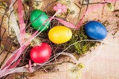 Pasqua ha colorato le uova fotografia stock libera da diritti