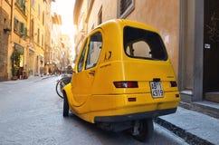 Pasquali, Riscio-elettrico, een elektrische auto, Florence, Toscanië, Royalty-vrije Stock Fotografie
