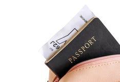 Pass in der Tasche auf weißem Hintergrund Stockbilder