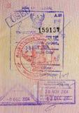 Pass med thai visa och stämplar royaltyfri foto