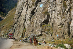 Through the pass, Sonamarg, Kashmir, India Royalty Free Stock Photos