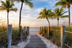 Passadiço à praia Foto de Stock