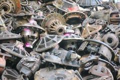 Passados da maquinaria da segunda mão os auto, peças sobresselentes Imagens de Stock Royalty Free