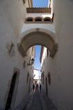 Passage arqué de Sitges images stock