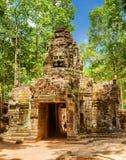 Passage au temple antique de som de ventres dans Angkor, Siem Reap, Cambodge Photos stock