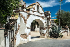 Passage colonial espagnol de mission Images stock