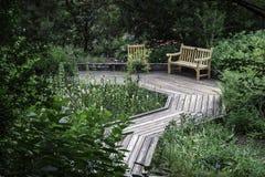 Passage couvert de jardin Images stock