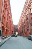 Passage couvert entre la place de Novaya et la ruelle de Bolshaya Cherkassky photo stock