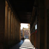 Passage couvert inclus à Barcelone photo libre de droits