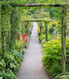 Passage de jardin Photo libre de droits