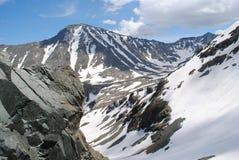 Passage de montagne dans la République d'Altai Photographie stock libre de droits