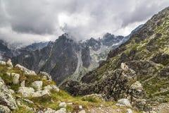 Passage de montagne dans le haut Tatras photographie stock libre de droits