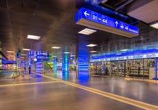 Passage de ShopVille de gare ferroviaire de canalisation de Zurich Photographie stock