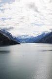 Passage för glaciärfjärd i alaska Arkivbilder