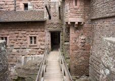 Passage i den Haut-Koenigsbourg slotten fotografering för bildbyråer