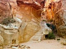 Passage in Petra, Jordanië Royalty-vrije Stock Afbeeldingen