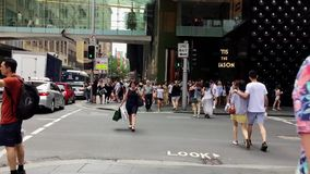 Passage pour piétons Sydney City Street, Australie banque de vidéos