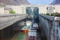 Passage sur le fleuve Yangtze, Three Gorge Dam, Chine Photo stock