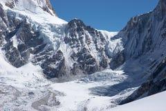 passage Thibet du Népal de montagne de l'Himalaya à Image stock