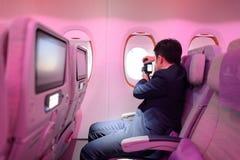 Passageiro da classe de economia de Airbus A380 dos emirados Fotografia de Stock Royalty Free