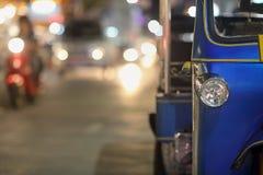 Passageiro de espera do tuk de Tuk, Chiang Mai, Tailândia Fotos de Stock