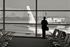 Passageiro no terminal de aeroporto. Fotografia de Stock Royalty Free