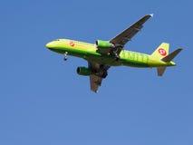 Passageiro plano verde Foto de Stock