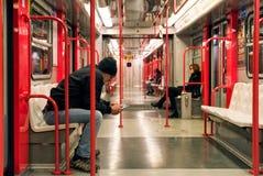 Passageiros no trem Fotografia de Stock Royalty Free