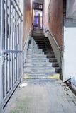 Passagem com uma escadaria foto de stock