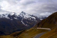 Passagem de montanha imagem de stock royalty free