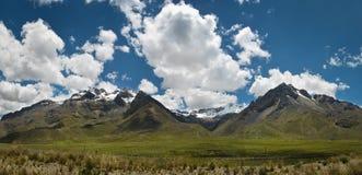 Passagem de montanha em Andes peruanos Imagens de Stock Royalty Free