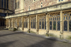 Passagem do claustro da catedral de Bristal foto de stock royalty free
