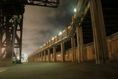 Passagem do molhe em a noite Imagens de Stock Royalty Free