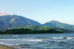 Passagem, mar e areia de Hai Van imagem de stock royalty free
