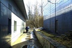 Passagen mellan husen Royaltyfri Foto