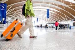 Passager dans l'aéroport de Changhaï Images stock
