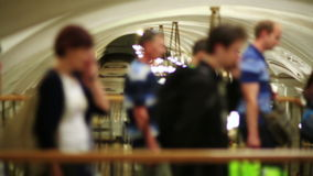 Passagerare för dagligt livMoskvatunnelbana arkivfilmer