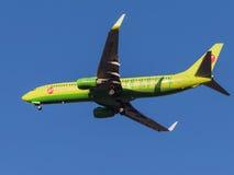 Passagerarenivå Boeing 737-800 Royaltyfria Foton