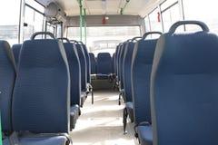 Passagerarerum av en stor anslutningsbuss Royaltyfri Fotografi