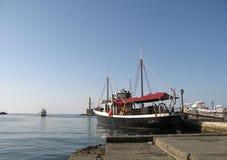 Passagerareskepp i porten Fotografering för Bildbyråer
