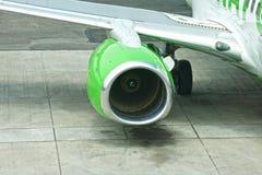 Passagerarestråltrafikflygplan Arkivfoto
