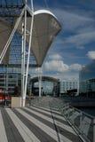 passageraretaket seglar terminal white Fotografering för Bildbyråer