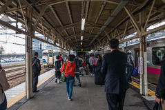 Passagers à la station de Hirosaki Images libres de droits
