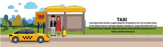 Passagers attendant la voiture de taxi sur la bannière horizontale de service de transport de ville de station de cabine illustration stock