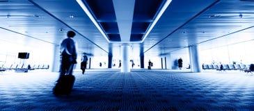 Passagers d'aéroport de Changhaï Pudong Image stock