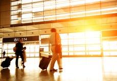 Passagers dans l'aéroport Photos stock