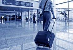 Passagers dans l'aéroport de capital de Pékin Image libre de droits