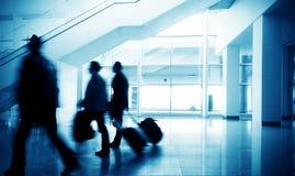 Passagers dans l'aéroport de Changhaï Pudong Photographie stock