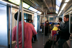 Passagers dans le Skytrain Photo libre de droits